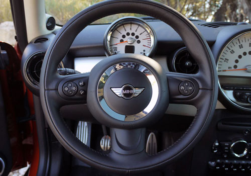 Mini Cooper Countryman Steering Wheel Interior Picture