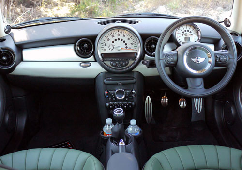Mini Cooper Dashboard Interior Picture