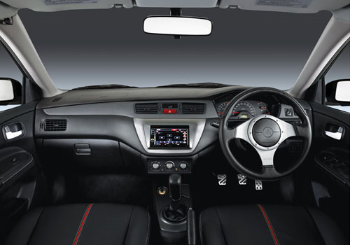 Mitsubishi Cedia Dashboard Interior Picture