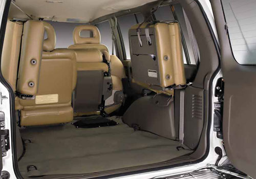 Mitsubishi Pajero Boot Open Picture