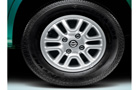 Nissan Evalia Wheel and Tyre Picture