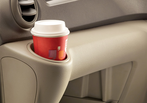 Nissan Evalia Cup Holders Interior Picture