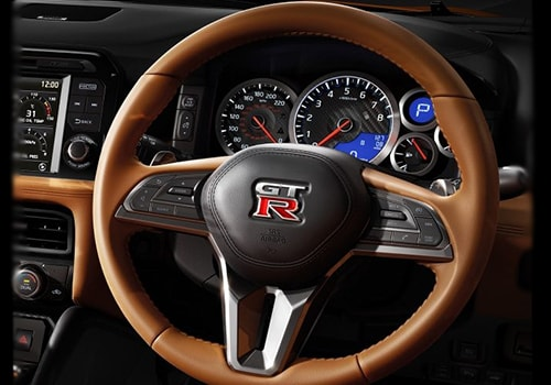 Nissan GT-R Steering Wheel Interior Picture
