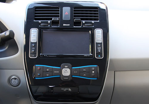 Nissan Leaf Stereo Interior Picture