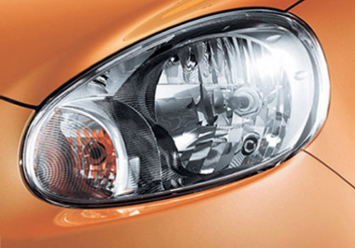 Nissan Micra Headlight Exterior Picture