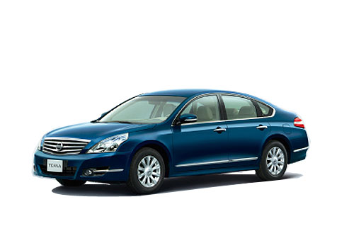 Nissan Teana Front Angle View Exterior Picture