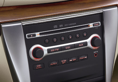 Nissan Teana Stereo Interior Picture