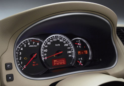Nissan Teana Tachometer Interior Picture