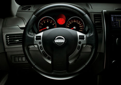Nissan Xtrail Steering Wheel Interior Picture