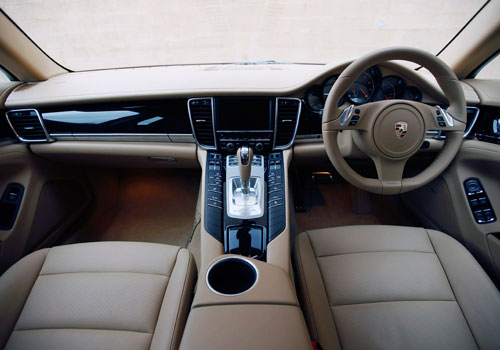 Porsche Panamera Dashboard Interior Picture