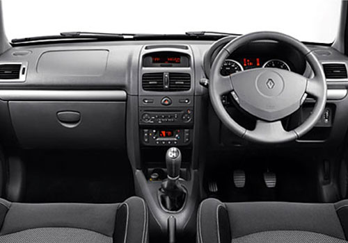 Renault Clio Dashboard Interior Picture