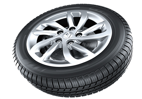 Renault Fluence Wheel and Tyre Exterior Picture