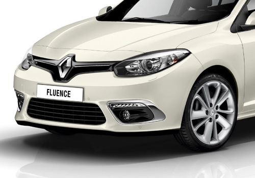 Renault Fluence Front Angle Side View Exterior Picture