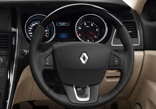 Renault Latitude Steering Wheel Interior Picture