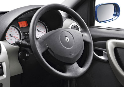 Renault Sandero Steering Wheel Interior Picture