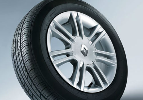 Renault Scala Wheel and Tyre Exterior Picture
