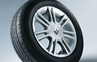 Renault Scala Wheel and Tyre Picture