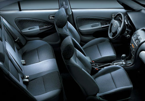 Renault Scala Front Seats Pictures