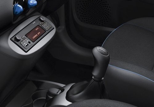 renault twingo gear knob interior picture. Black Bedroom Furniture Sets. Home Design Ideas