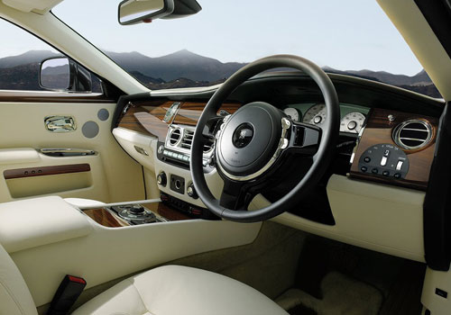 Rolls-Royce Ghost Dashboard Interior Picture