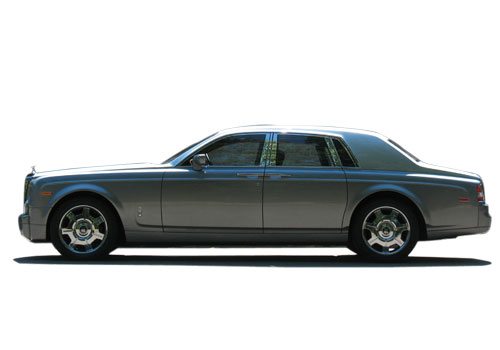 Rolls-Royce Phantom Front Angle Side View Exterior Picture