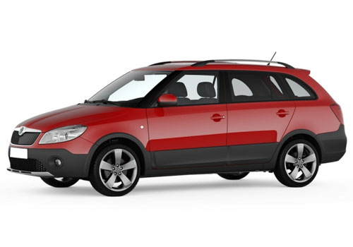 Skoda Fabia Scout Front Angle Low Wide Exterior Picture