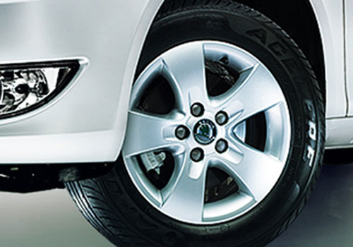 Skoda Fabia Wheel and Tyre Exterior Picture