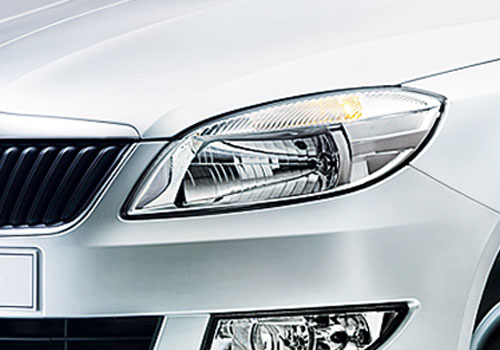 Skoda Fabia Headlight Exterior Picture