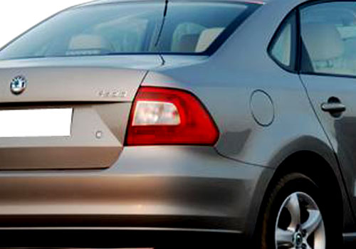 Skoda Rapid Tail Light Exterior Picture