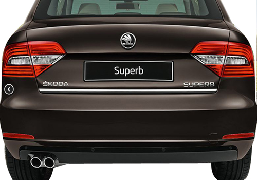 Skoda Superb Rear View Exterior Picture
