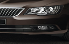 Skoda Superb Headlight Picture