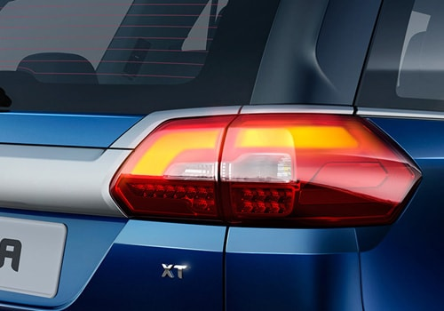 Tata Hexa Tail Light Exterior Picture