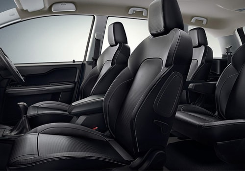 Tata Hexa Front Seats Interior Picture