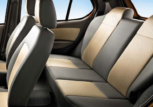 Tata Indica eV2 Rear Seats Interior Picture