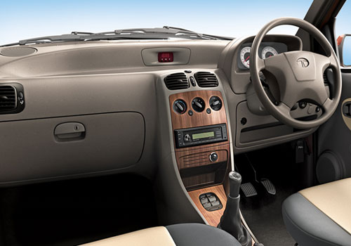 Tata Indica eV2 Dashboard Interior Picture