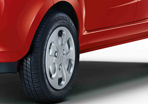 Tata Nano Wheel and Tyre Exterior Picture