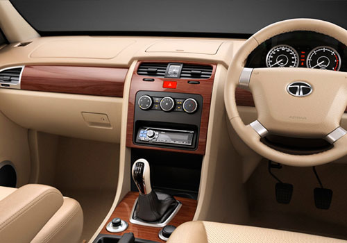Tata Safari Storme Dashboard Interior Picture