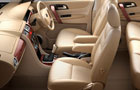 Tata Safari Storme Front Seats Picture