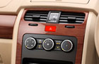 Tata Safari Storme Front AC Controls Picture