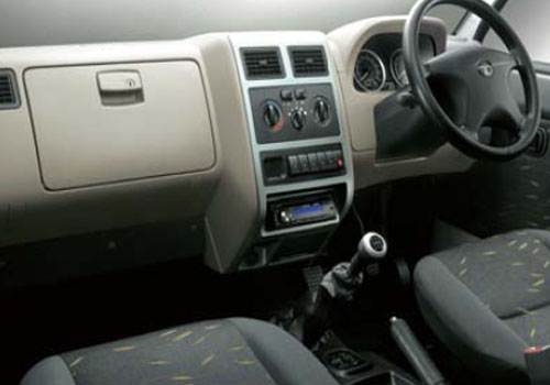 Tata Sumo Gold Dashboard Interior Picture