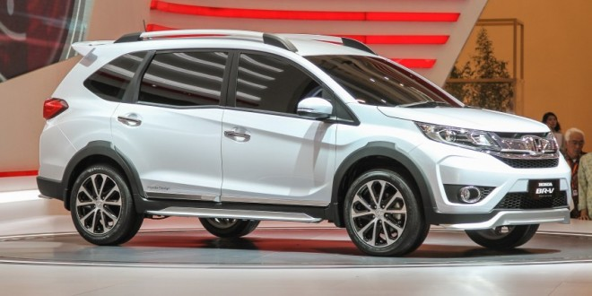 Honda BR-V Side View Picture