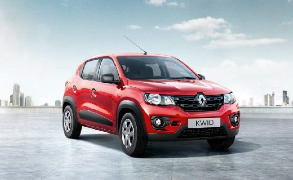 Renault Kwid Front Low Side View