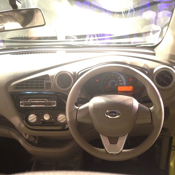 Datsun Redi-Go Steering Wheel View