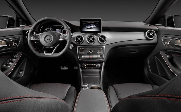 Facelift Mercedes Benz CLA Interior