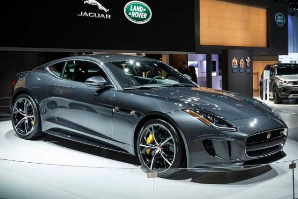 Jaguar F-Type Front Low View
