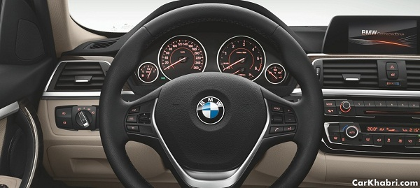 BMW 3 Series 320i Interior View