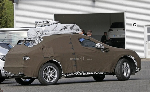 Camouflaged Next Generation Audi Q3