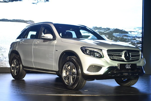 Mercedes Benz GLC Front Low Side View