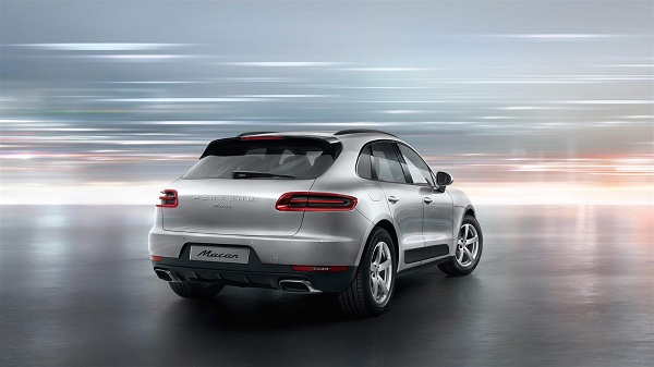 Porsche Macan Rear Side View