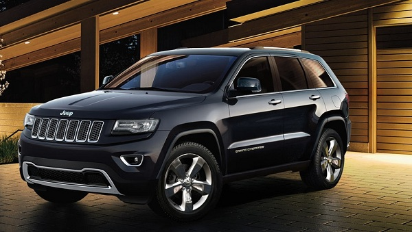 Jeep Grand Cherokee Front Side View